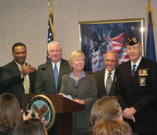 Congresswoman Pryce joins VA Secretary, Jim Nicholson and local veterans at a press conference announcing