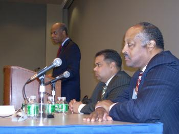 September 28, 2007 -- Congressman Jefferson moderates a panel on minority contracting