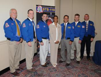 Rep. Edwards with the NASA flight crew of STS-119 to the International Space Station