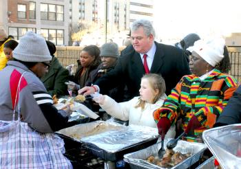 Congressman Brady observes at an event to feed the homeless at the Philadelphia African American Museum on Martin Luther King Jr. Day 2008.