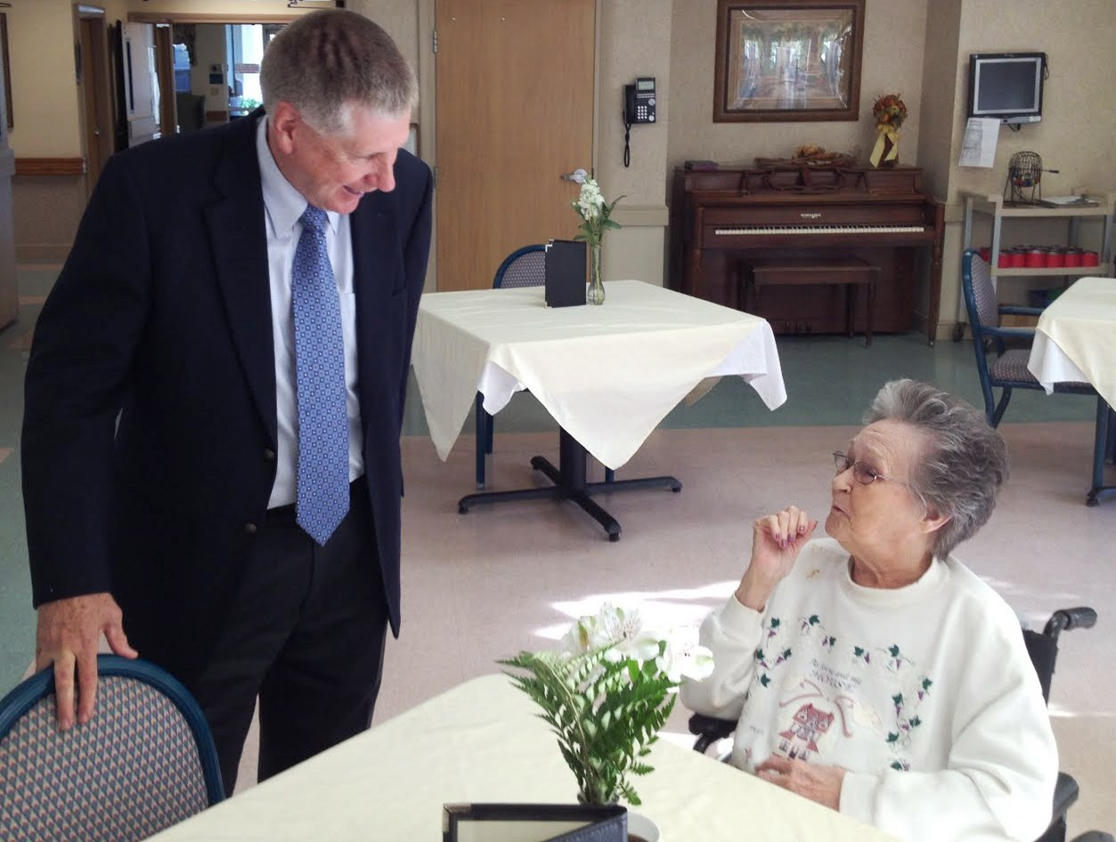 Rep. Larry Kissell (NC-08) recently visited with senior residents of the Laurels of Salisbury Skilled Nursing and Rehabilitation Center.