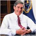 Photograph of Director Robert Mueller
